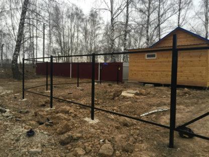 Забор из профнастила каркас