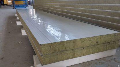 Сэндвтч-панели с утеплителем из минеральной ваты
